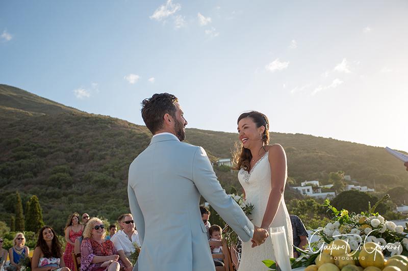 matrimonio a Stromboli: cerimonia in villa