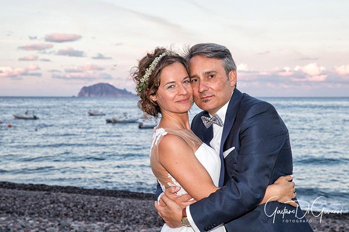 Matrimonio a Salina. giro dell'isola con gli sposi