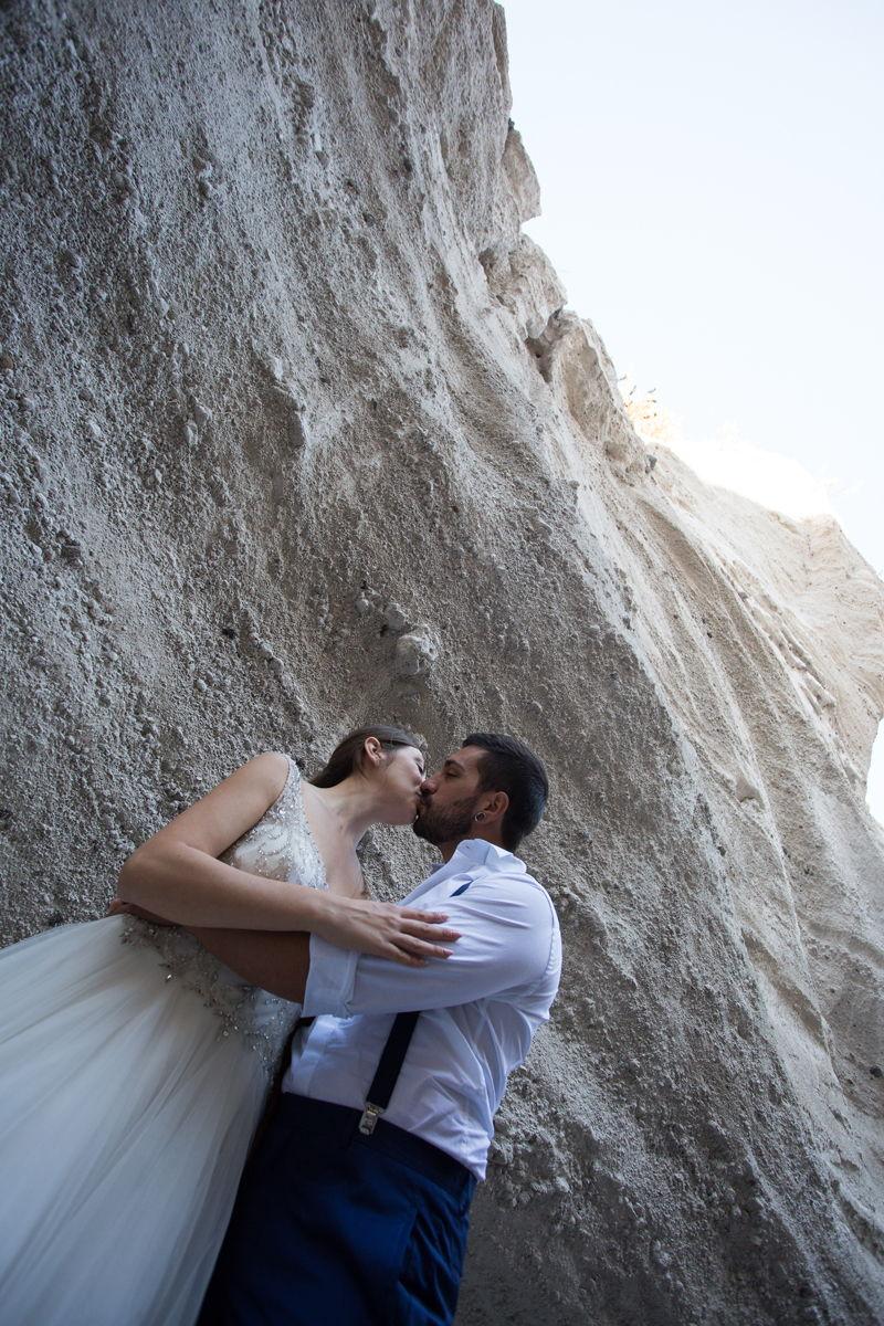 sposi bacio matrimonio lipari