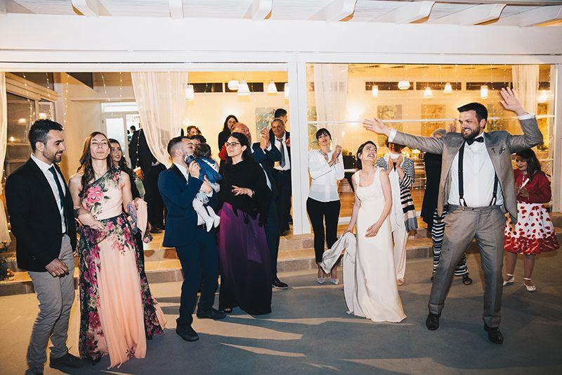 Matrimonio a Lipari: sposi a villa enrica ballano