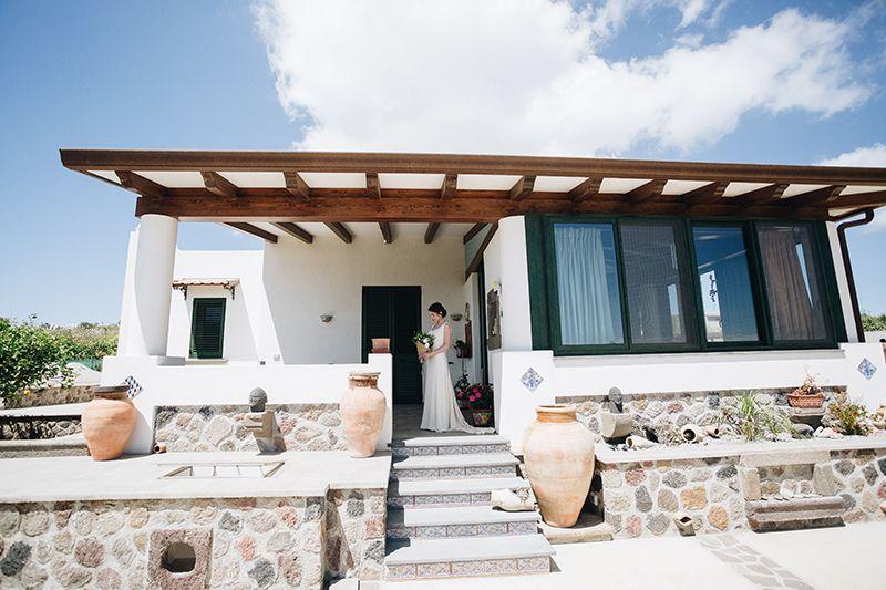 Matrimonio a Lipari: sposa casa eoliana