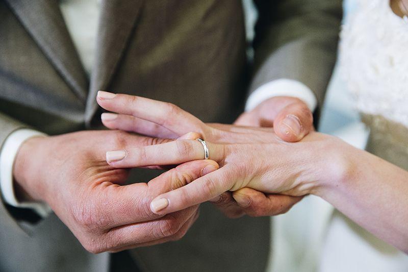 Matrimonio a Lipari: scambio fedi