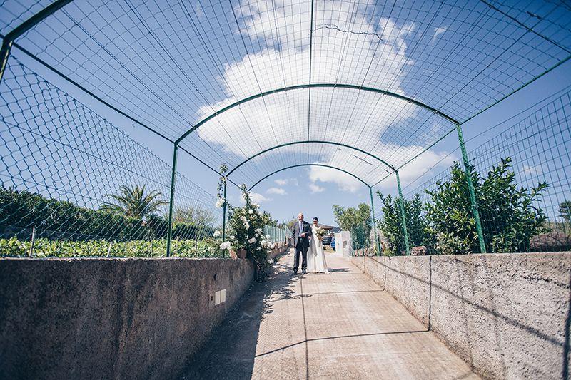 Matrimonio a Lipari: la sposa esce di casa