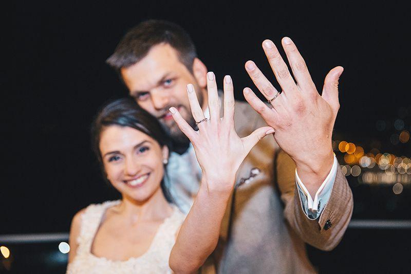 Matrimonio a Lipari: sposi con anelli