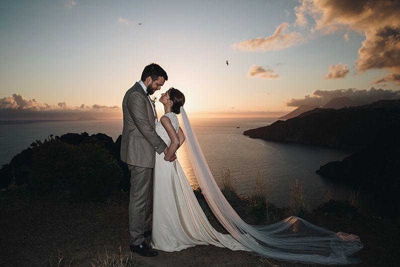 Matrimonio a Lipari: sposi al tramonto