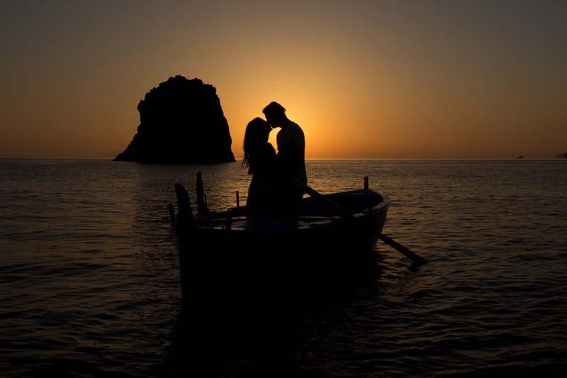 matrimonio a lipari ,sposi al tramonto