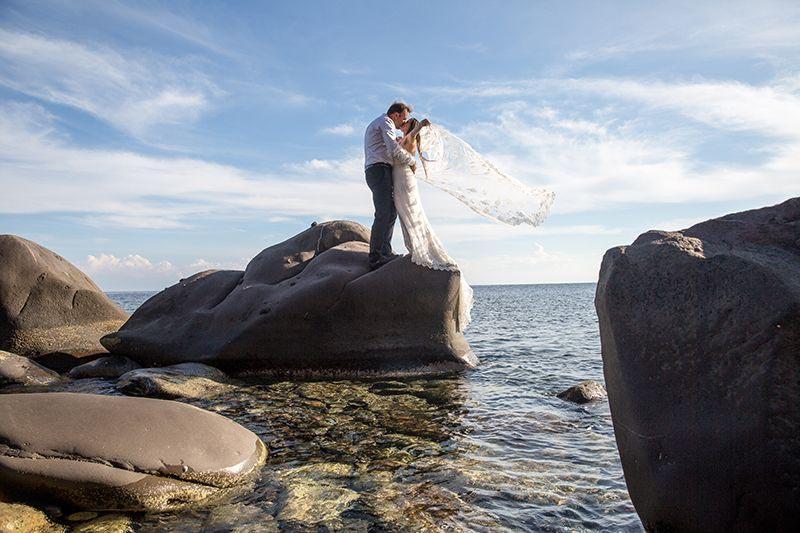 fotografo eolie sposi al mare